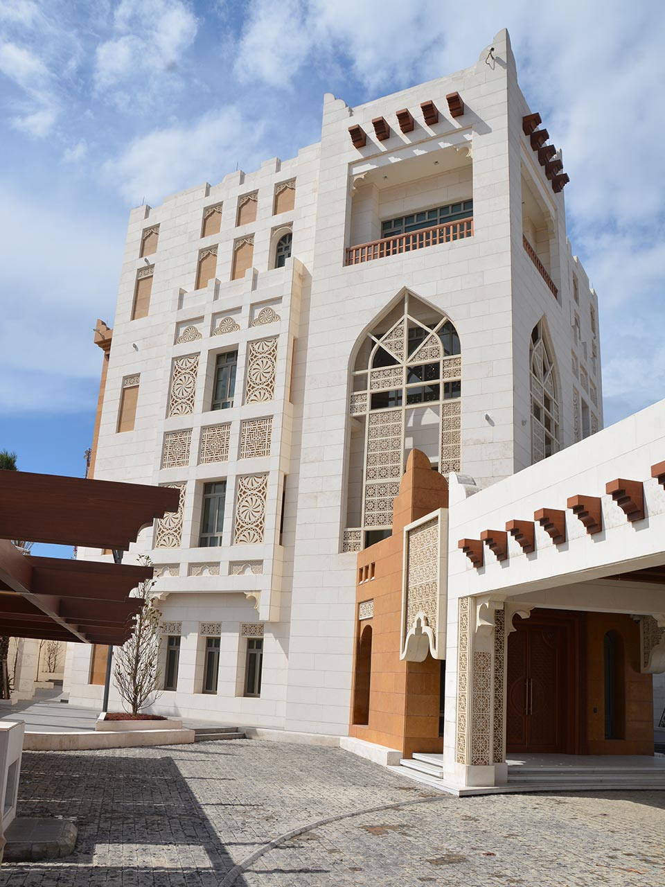 Qatar-Embassy-Lebanon-01a