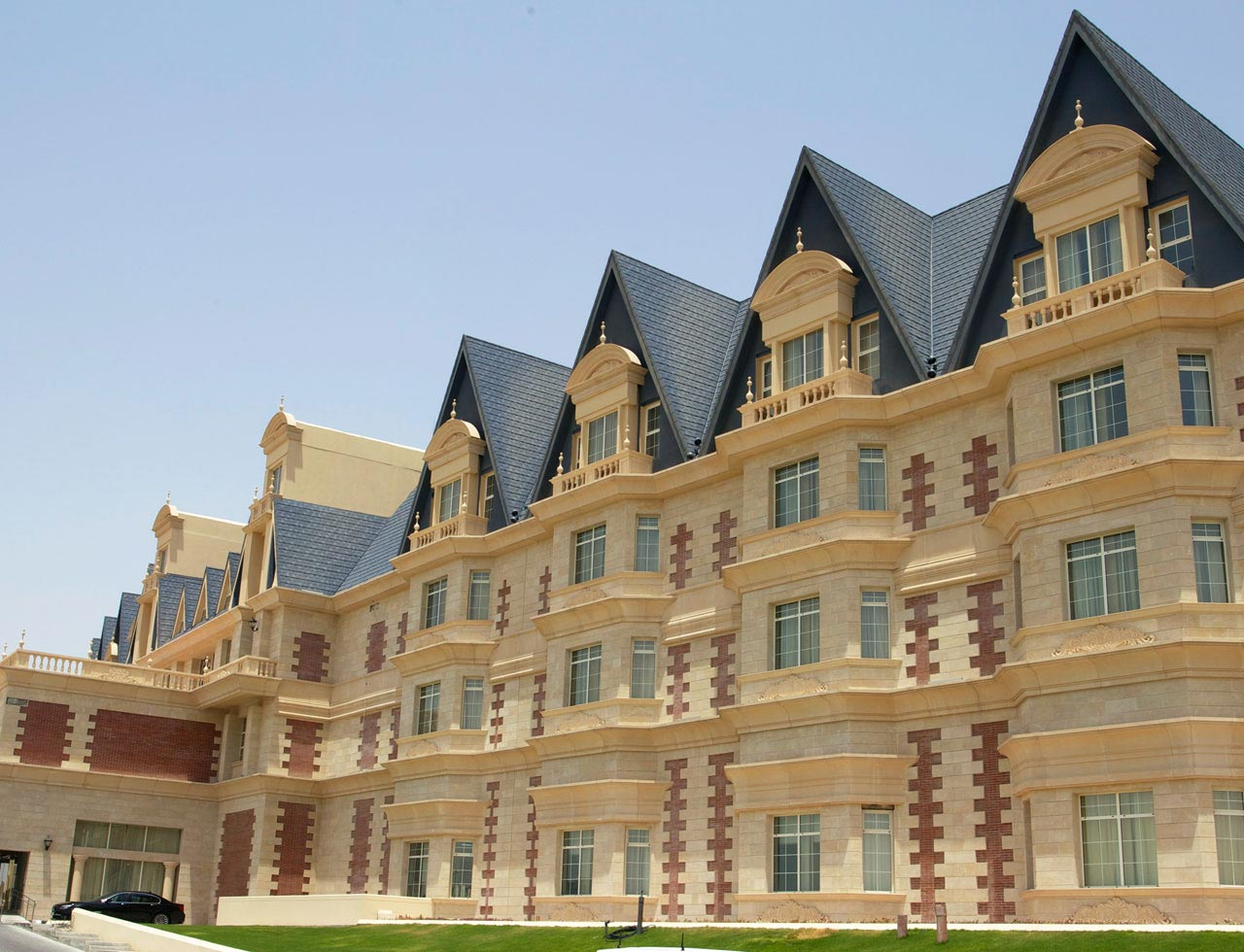 Grand-Heritage-Hotel-03a